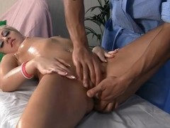 Hard squirting and fellatio golden-haired with a massage