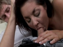 Smokin' hawt MILF acquires picked up for an dispassionate hotter have sex