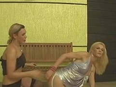 Divergent dick-cutie letting a hawt sheboy suck her tool previous to a wild gazoo play