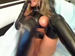 Rub-down the luxury latex whore part 3