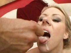Carolyn Reese receives her face hole filled with caring jism