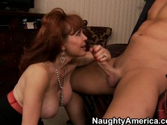 Stacked milf Vanessa has a edacity for large 10-Pounder and is restless for hardcore sex