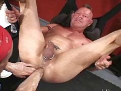 Unfathomable Fisted Dad