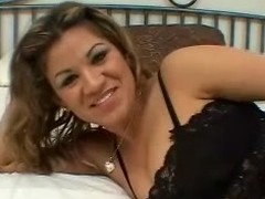 Tow-haired Latin chick milks a weasel words dry on her face and mounds